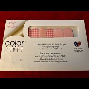 """RETIRED """"What The Check"""" Color Street Nail Strips"""